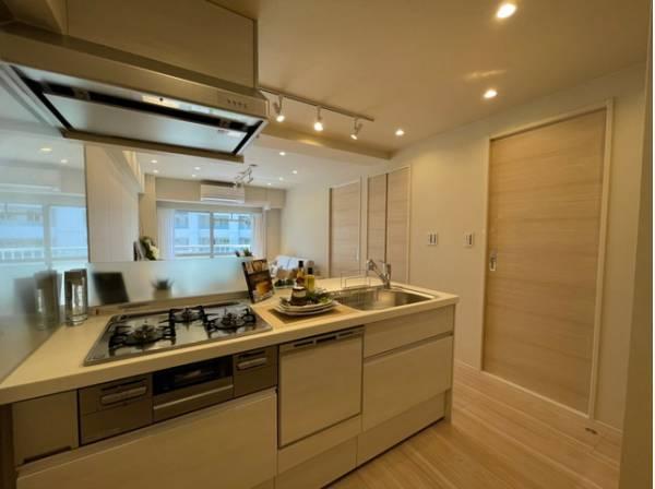 スムーズに家事をこなせて、機能性が良く使い勝手がよいキッチン。そこからかけがえのない一時が生まれます