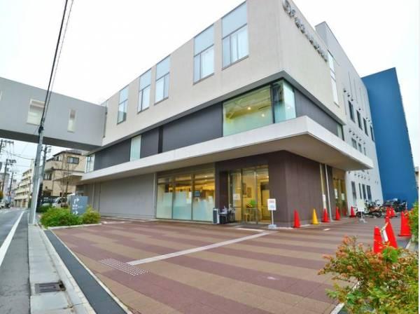 総合川崎臨港病院 まで1400m 内科、眼科、泌尿器科、産婦人科、小児科等揃う一般病床数110床の総合病院です。