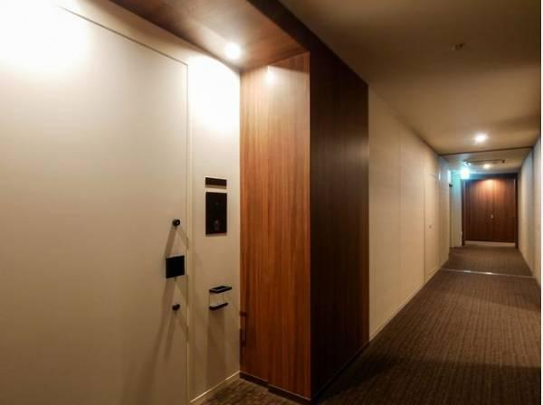 ホテルライクな内廊下設計で、上質な空間を演出します。