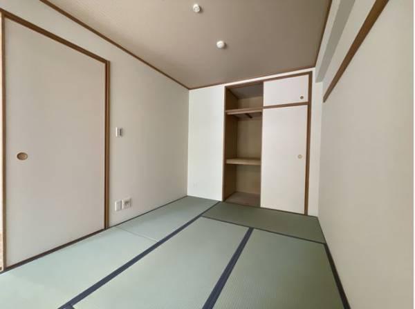 便利な和室は約5.7帖のスペースを確保。井草の香りがやすらぎを与えます。