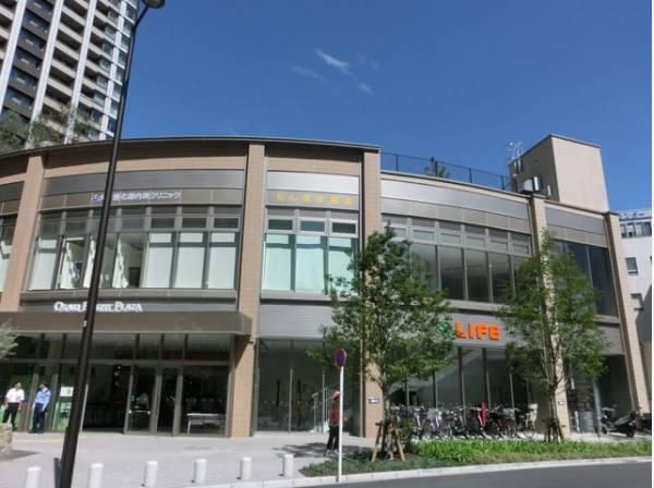 ライフ品川御殿山店まで150m スーパーマーケット ライフは、「安全と安心」「鮮度と品質」「信頼とサービス」にこだわっています。