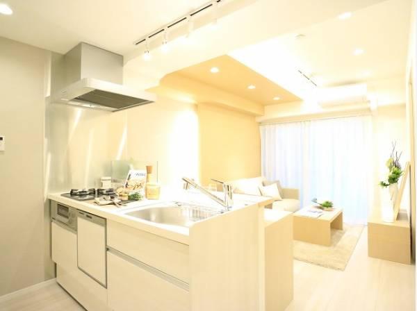 来客時もおしゃべりをしながら料理ができる、嬉しい対面キッチン!