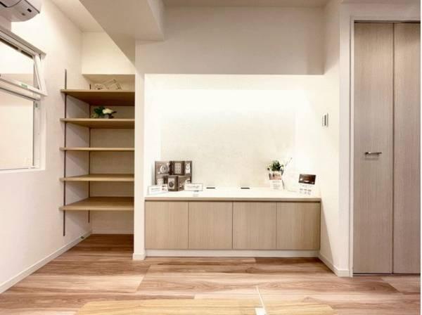 収納スペース豊富なリビング。いつまでも快適に暮らせる空間が広がります。