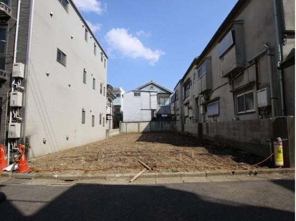 東急大井町線「下神明駅」より徒歩6分、JR京浜東北線「大井町駅」も徒歩圏内。通勤・通学・お買い物に便利な好立地です。