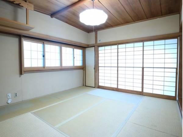 便利な和室は約8帖のスペースを確保。井草の香りがやすらぎを与えます。