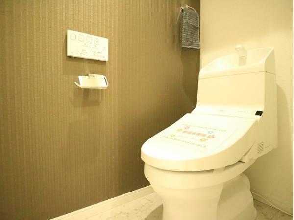 壁には一部デザインクロスを採用。毎日使う場所だからこそ、使い勝手を考慮しました。