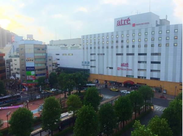 JR京浜東北線 大森駅まで450m アトレ大森前を中心に駅前ロータリーが整備されており、ロータリー南側は繁華街、北側はオフィス街が広がっています。