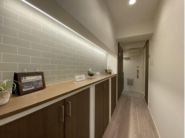 清潔感のある空間を保てるよう、収納スペースを広く設けました。玄関をスッキリ綺麗な空間に纏めます。