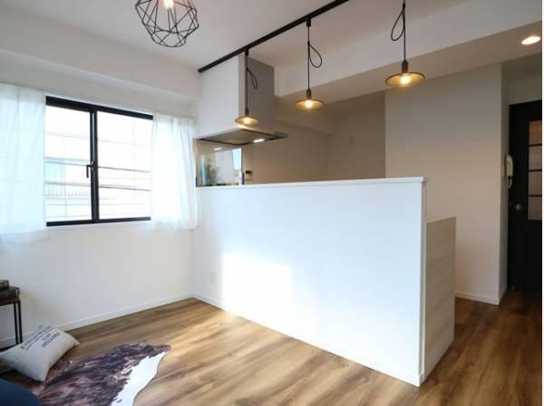 会話が弾むリビング、料理が愉しくなるキッチン。家は、ただ生活する場ではなく、暮らしを愉しく、快適にする場所であるべきです。