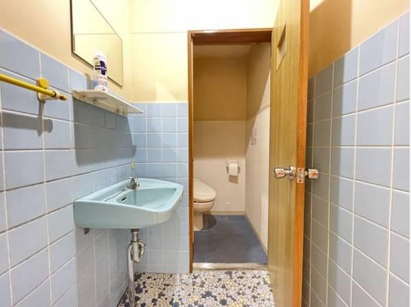 洗面室・トイレ有。