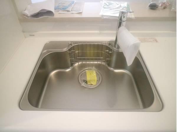 ビルトイン浄水器を採用。シンクまわりもすっきりとまとまります。