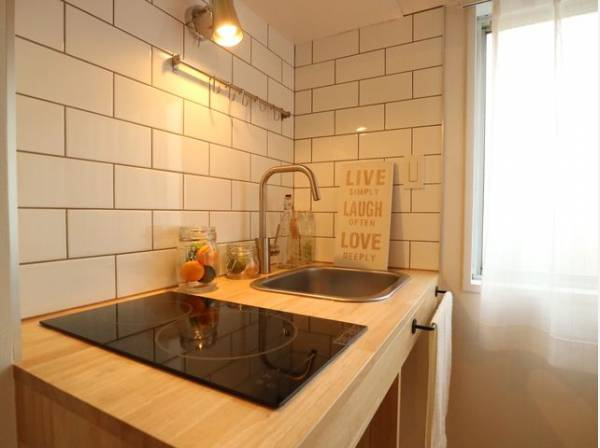 都心での暮らしにマッチするおしゃれなデザイン。使いこなす楽しみも教えてくれるキッチンです。