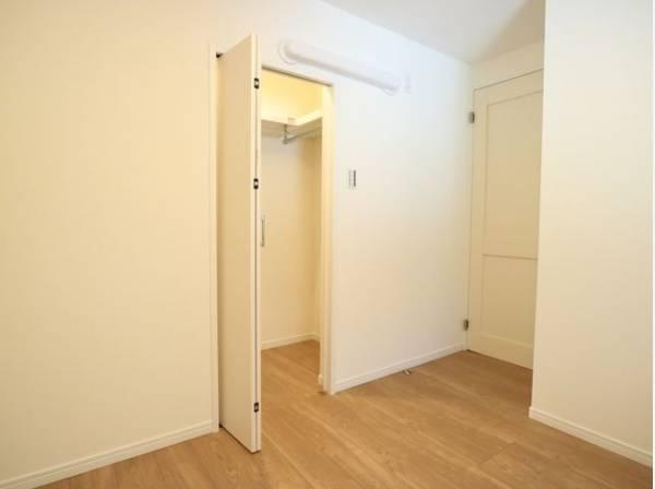 各居室にWICをご用意。タンスなどを置かなくてもいいので、お部屋を広く使うことができます。