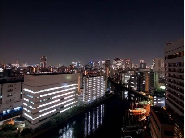 バルコニーからの眺望(横浜・川崎⇒大井方面)。最上階ならではの開放感のある眺望が魅力です。