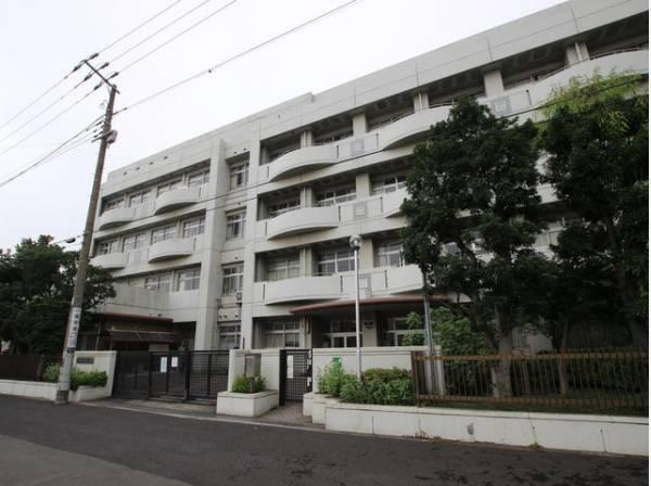 川崎市立殿町小学校まで640m