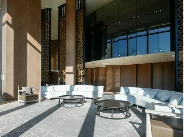 格調高く、デザイン性もあり、住む方のプライドを満たすクオリティ。安らぎに満ちた生活空間を予感させてくれます。