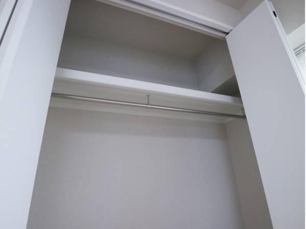 充分な収納スペースを確保。収納家具を置く必要がないので、すっきりとした暮らしが実現します。