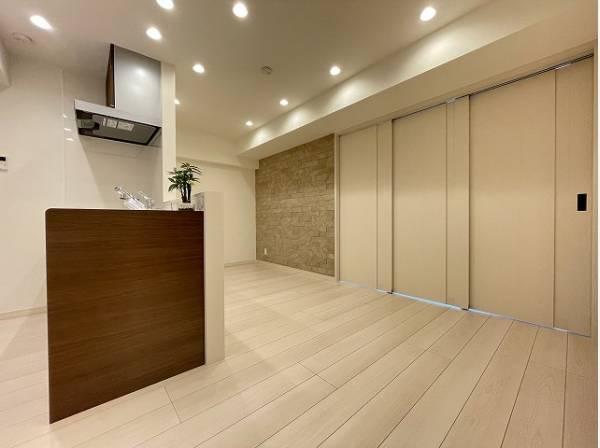 洗練されたデザインと機能性が織りなすこだわりの住空間。ゆったりとした時間をお過ごしください。