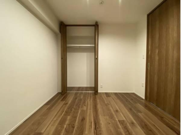 各居室にクローゼットをご用意。タンスなどを置かなくてもいいので、お部屋を広く使うことができます。