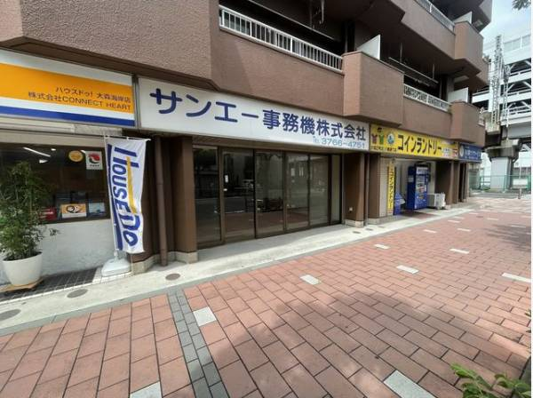 1階路面店店舗。八幡通り沿いです。