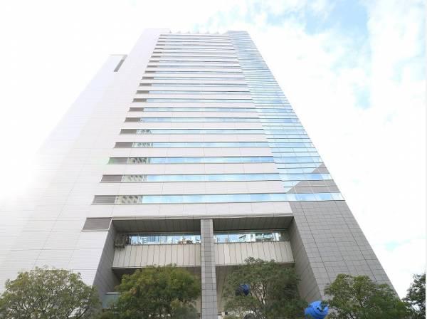 中目黒GTまで300m 中目黒駅前にあるシンボルタワーです。敷地内には住宅棟があるほか、飲食店やコンビニ、スーパーといった主要施設が併設されています。