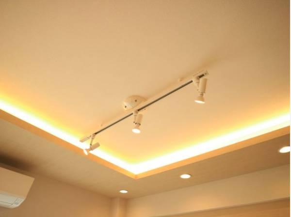照明はオシャレなインテリア空間を演出する重要な要素です。細部にまでこだわった素敵な空間になっています。
