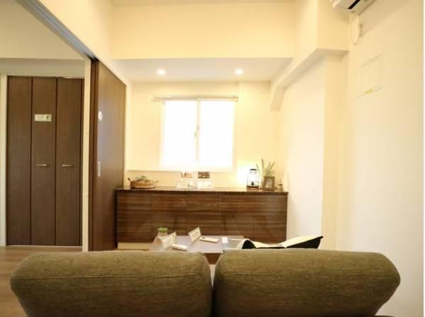 お気に入りのソファで一日ゆったりとくつろぐ。そんな自分スタイルをかなえられる空間。