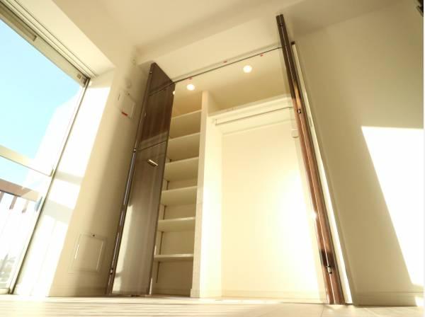 充分な収納スペースを確保。シンプルですっきりとした暮らしが実現します。
